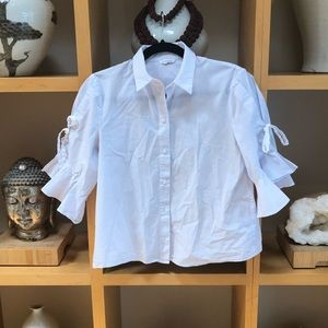 Club Monaco feminine button down blouse